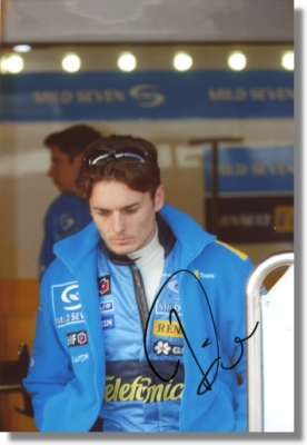 Giancarlo Fisichella signed Renault F1 Photo - BIG !
