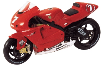 122026307-carlos-checa-yamaha-yzr-m1-motogp-2002-scale-model-minichamps